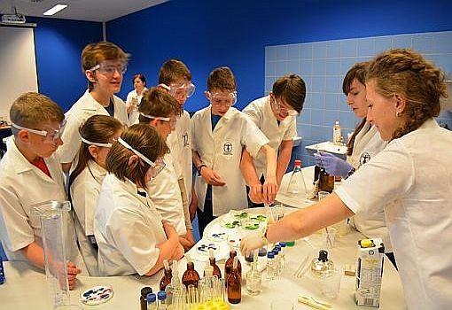 Naukowe i laserowe eksperymenty